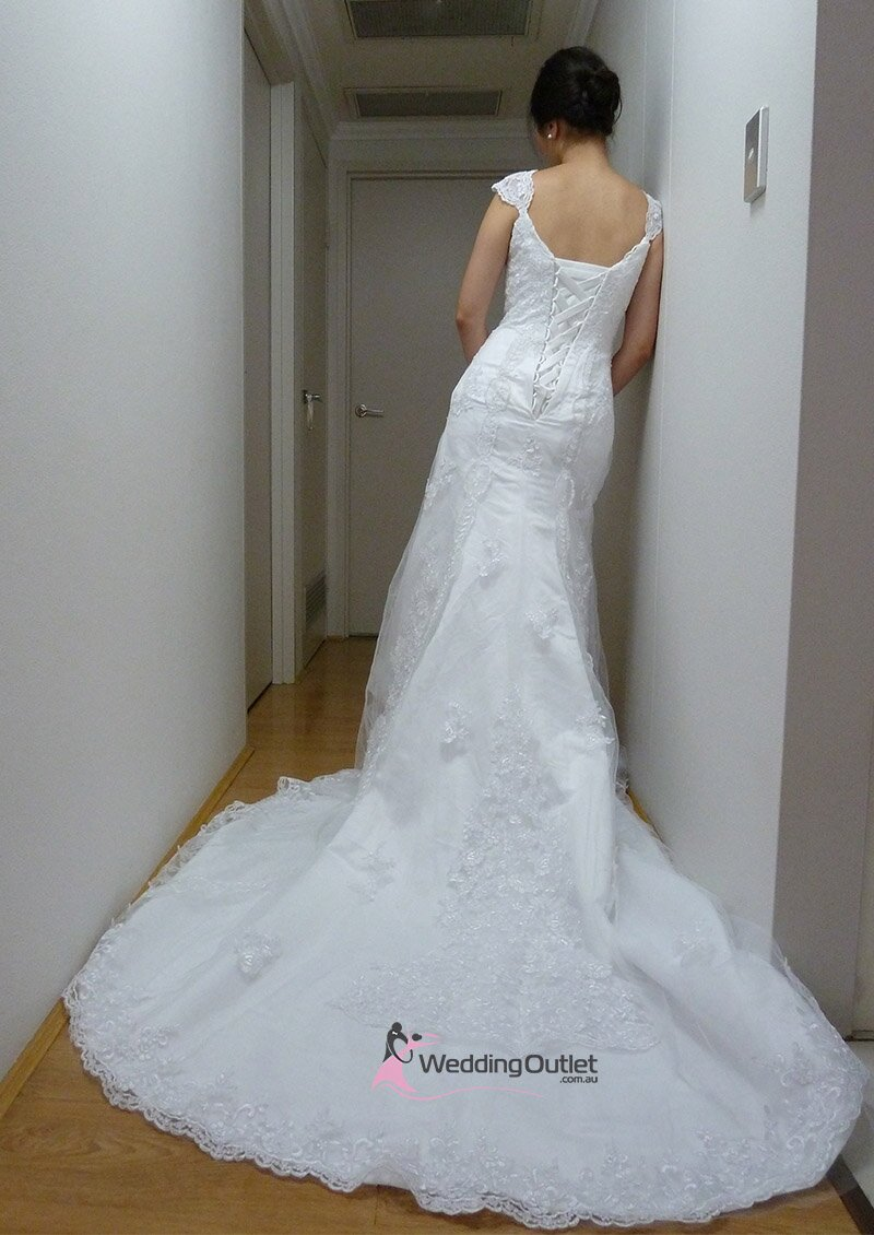 Vintage wedding dresses material: Pictures ideas, Guide to buying ...