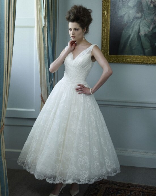 Vintage wedding dresses tea length: Pictures ideas, Guide to buying ...