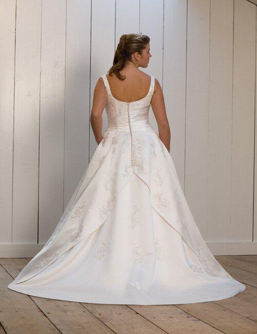 wedding dresses for big girls photo 5