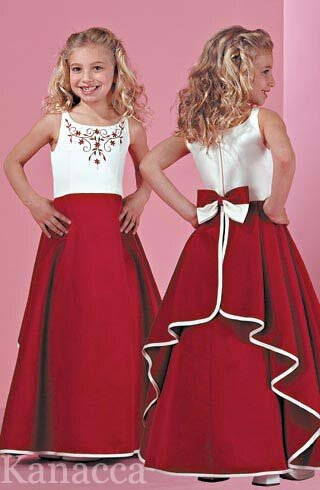 Wedding dresses for kids girls pictures ideas guide to buying change your style look for something new for yourselves wedding dresses for kids junglespirit Images