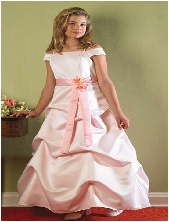 Wedding dresses for little girls photo 8 browse for Wedding dresses for young girls