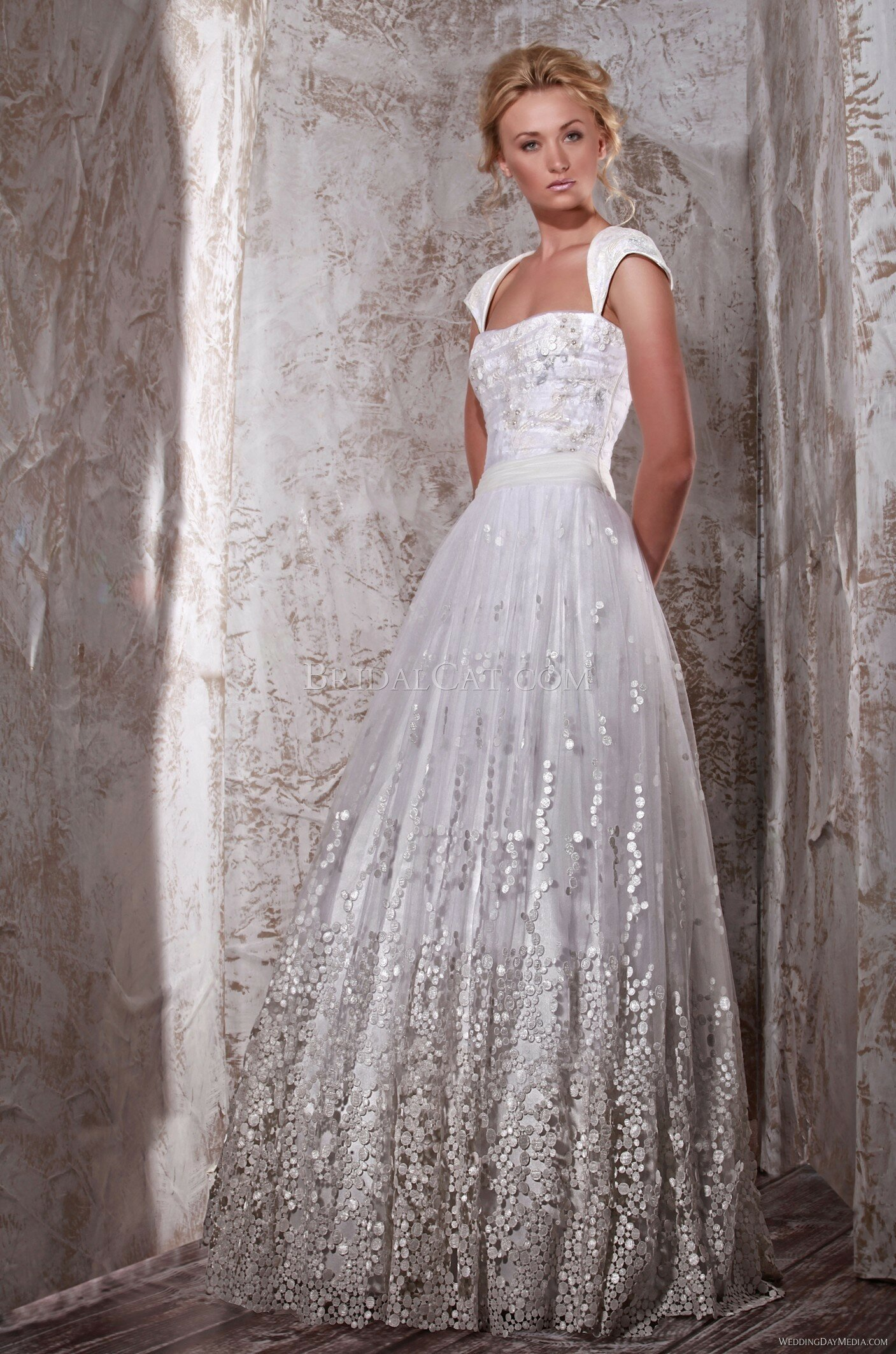 Wedding dresses for second time around pictures ideas for Bridal dresses for second weddings