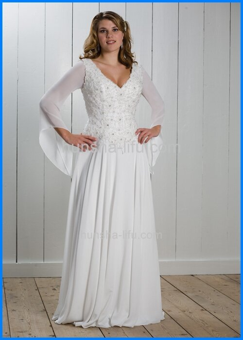 Wedding dresses for small chest Photo - 5