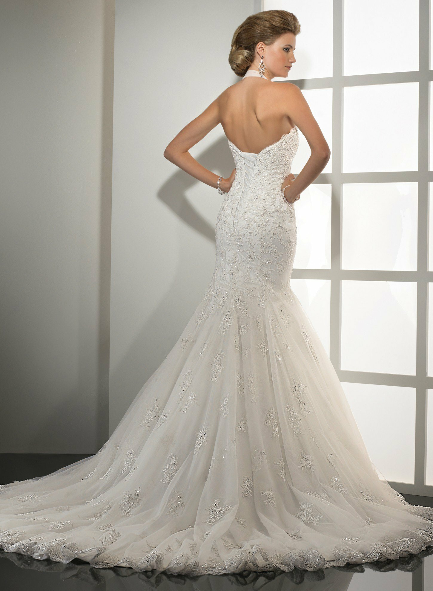 Wedding dresses for small weddings Photo - 9