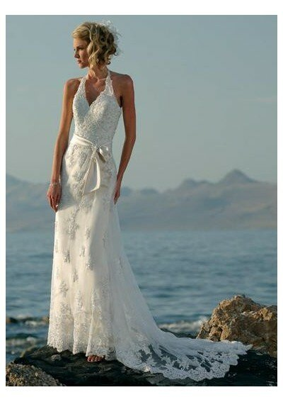 Wedding dresses for the beach style Photo - 10