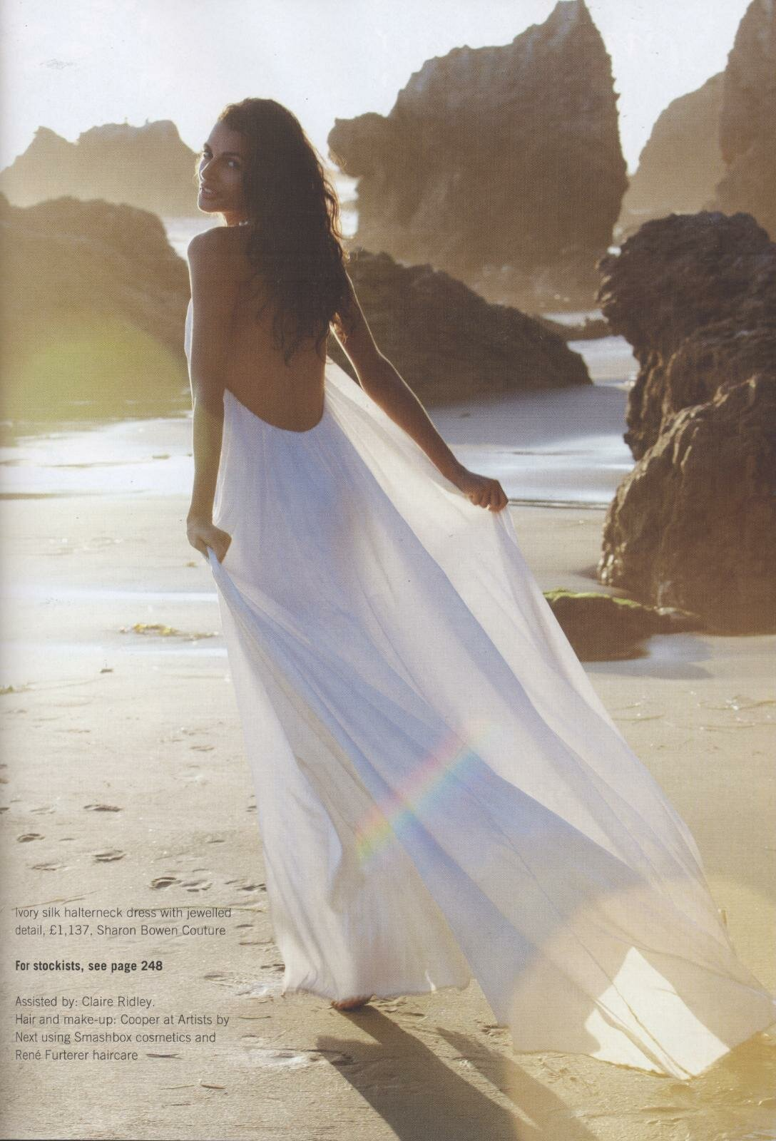 Wedding dresses for the beach style Photo - 3