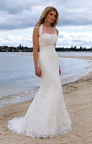 Wedding dresses for the beach style Photo - 6