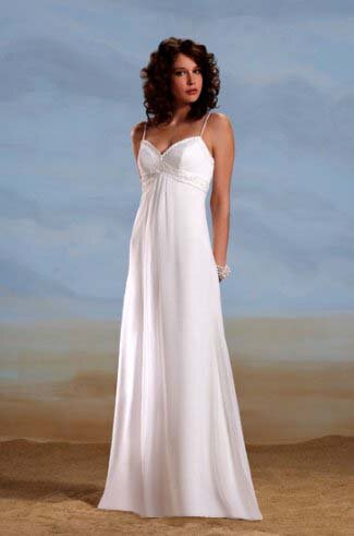 Wedding dresses for the beach style Photo - 7