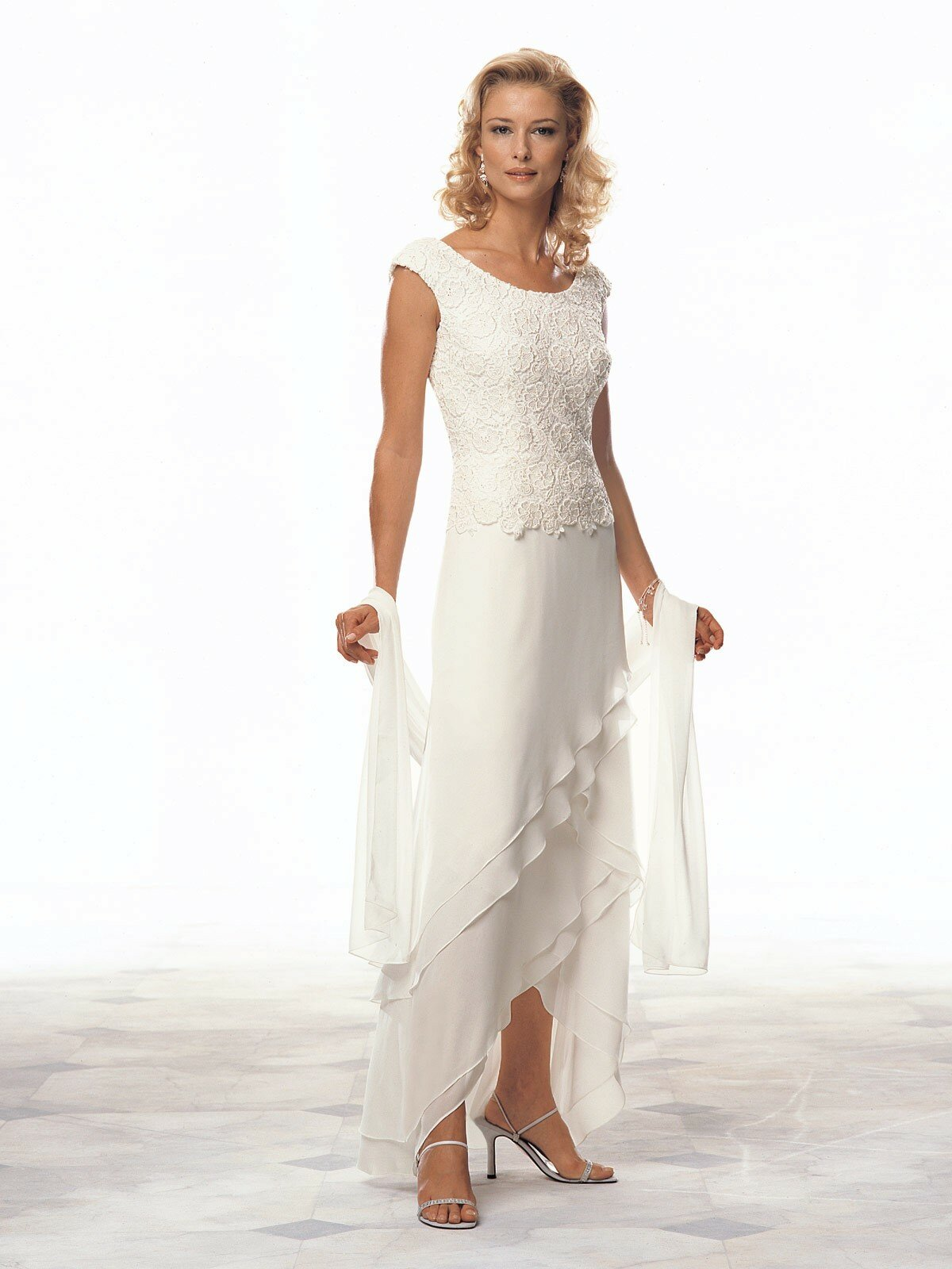 Wedding dresses for the mother of the groom Photo - 1