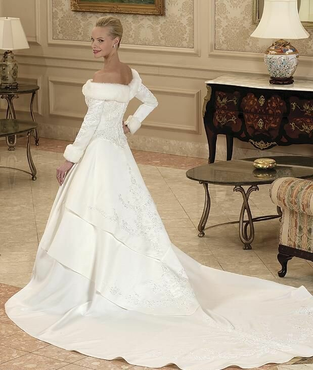 Wedding dresses for winter Photo - 7