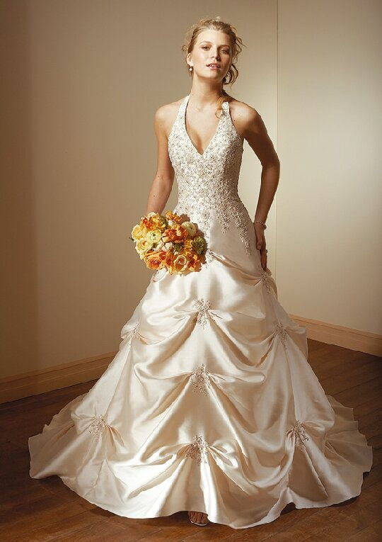 Change Your Style Look For Something New Yourselves Wedding Dresses Women Over 40 Photo 1