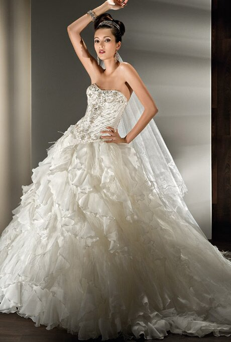 Wedding Dresses For Young Brides Pictures Ideas Guide To Buying