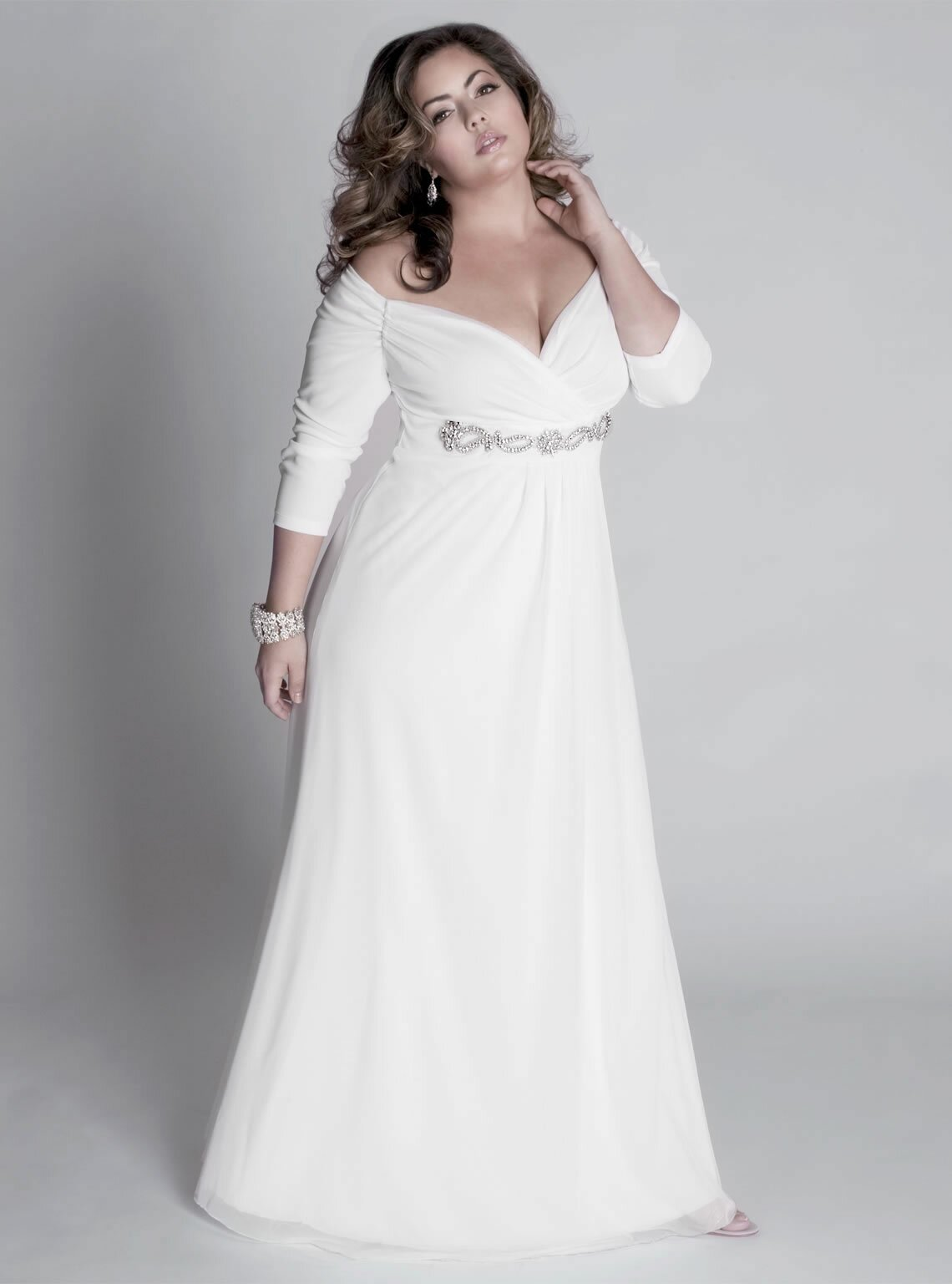 Wedding dresses plus size with sleeves Photo - 5