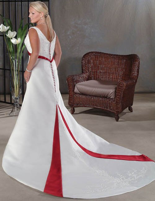 Wedding dresses plus sizes Photo - 9