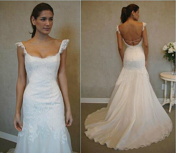 Wedding dresses with lace sleeves and open back Photo - 10
