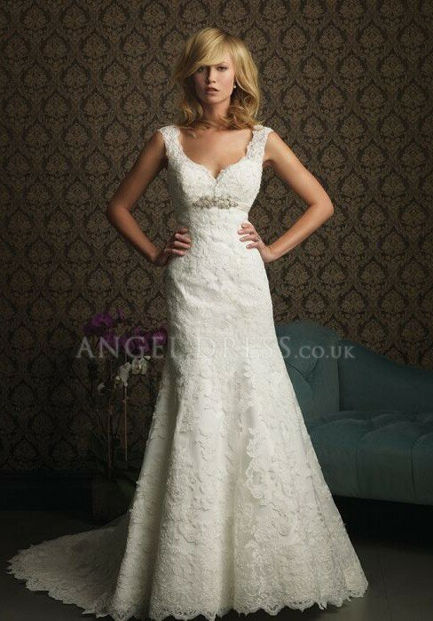 Wedding dresses with lace sleeves and open back Photo - 2