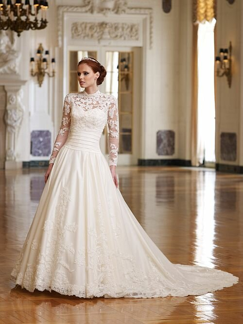 Wedding dresses with lace straps Photo - 3