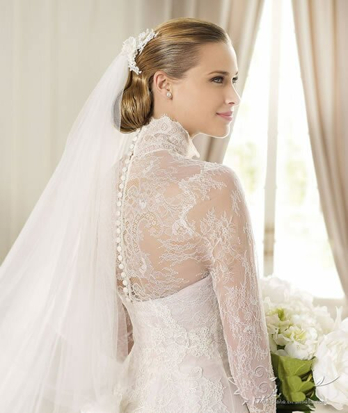 Wedding dresses with lace straps Photo - 7