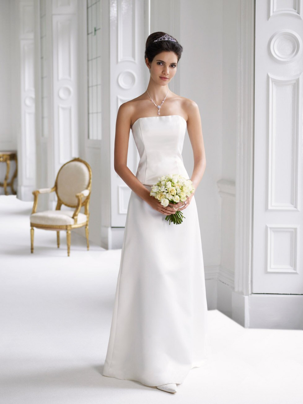 Wedding dresses with lace top Photo - 9