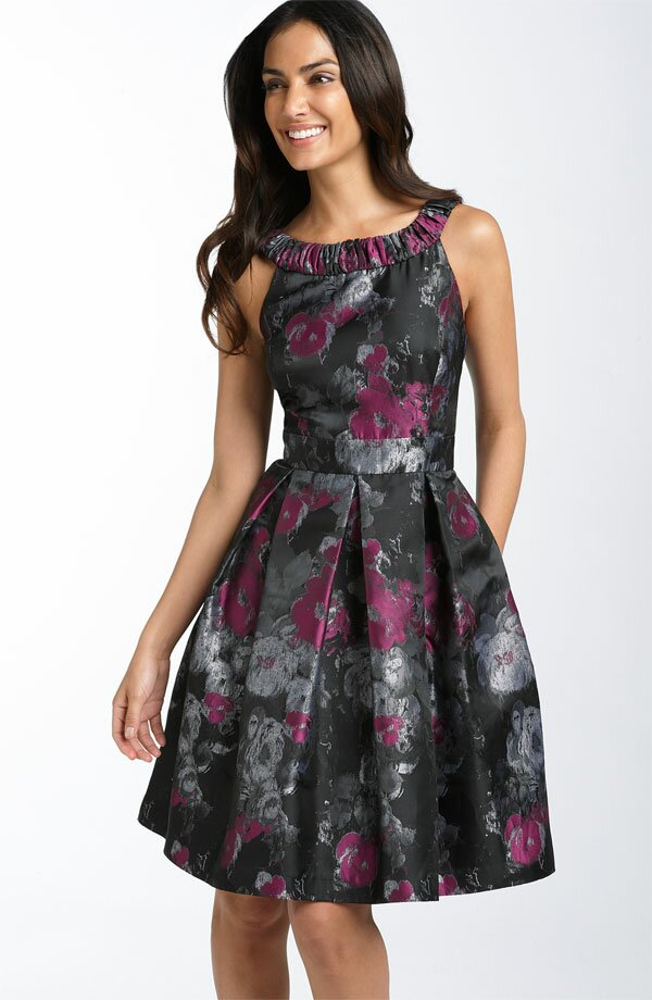 Wedding party guest dresses Photo - 10