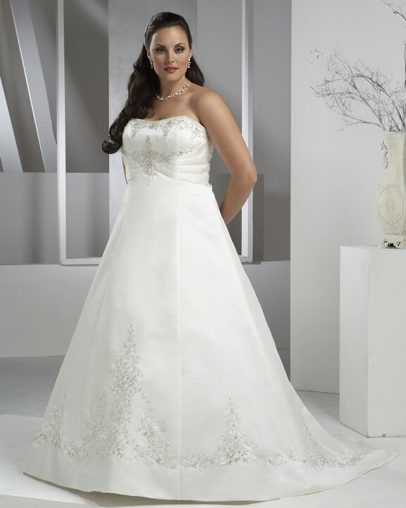Wedding plus size dresses: Pictures ideas, Guide to buying — Stylish ...