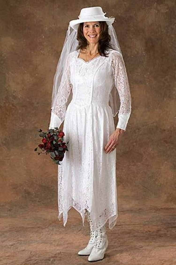 Western style wedding dresses pictures ideas guide to for Wedding dresses for womens