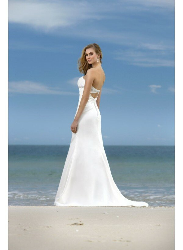 White Beach Wedding Dresses Pictures Ideas Guide To Buying Stylish Wedding Dresses