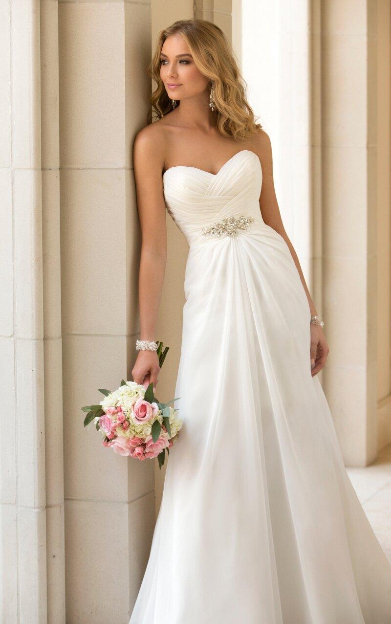 white or ivory wedding dresses ivory wedding dresses White or ivory wedding dresses