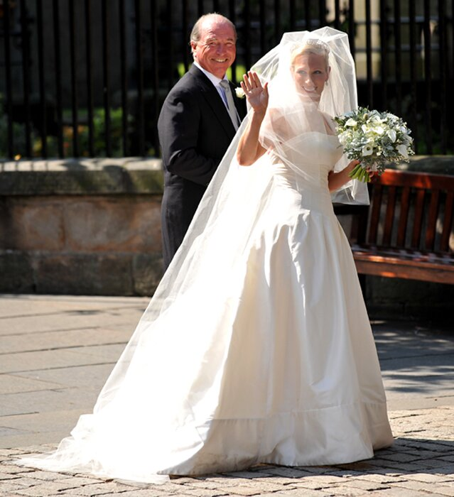 Zara Phillips wedding dresses Photo - 6