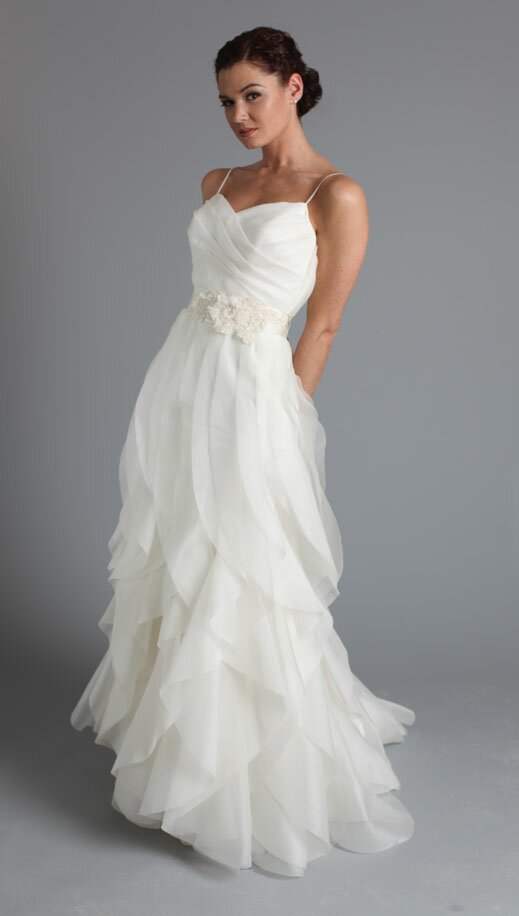 Long to short wedding dress Photo - 2