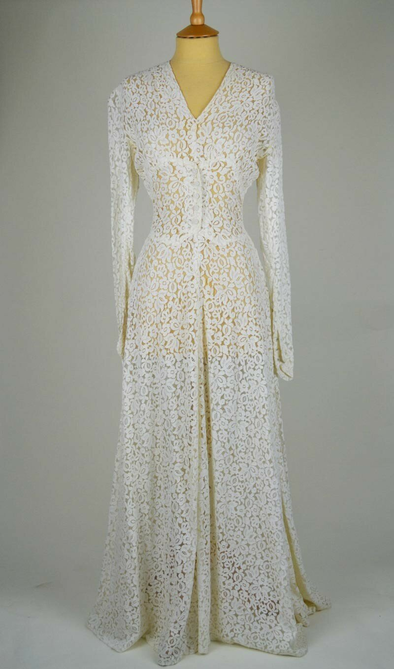 Vintage wedding dresses material photo - 3