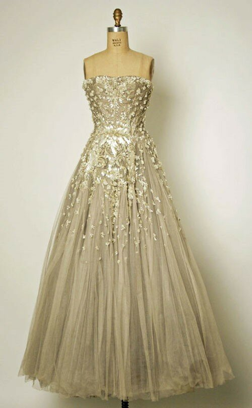 Vintage wedding party dresses photo - 1