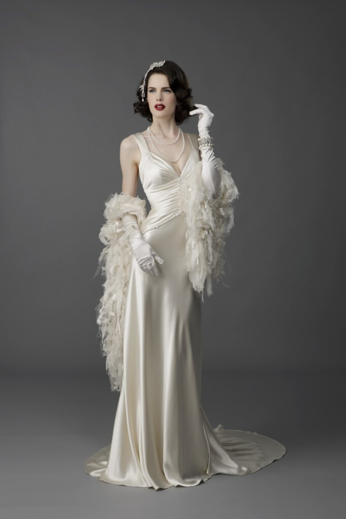 Timeless retro wedding dresses for your vintage dream wedding ...