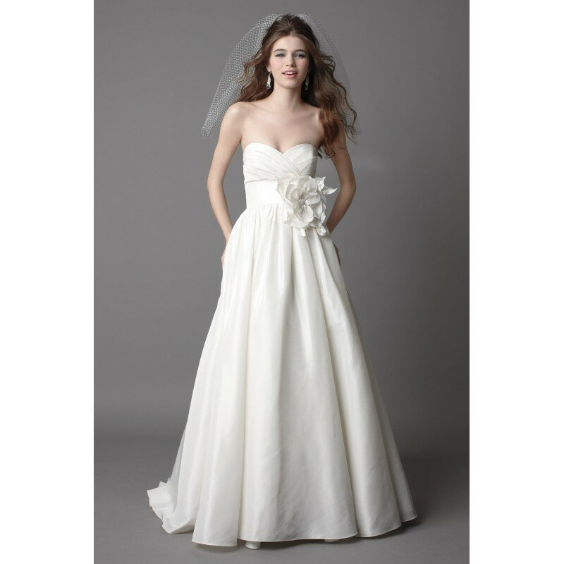 wedding dress with pockets photo - 14