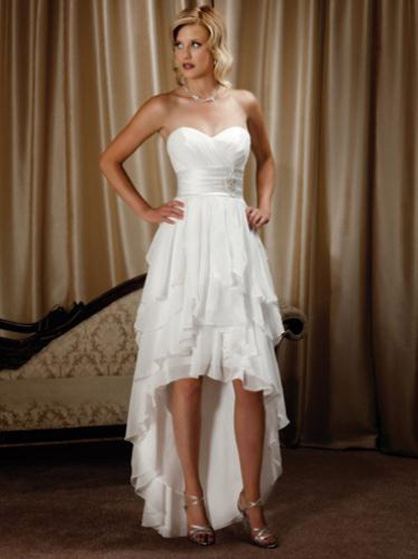 Short to long wedding dress Photo - 9