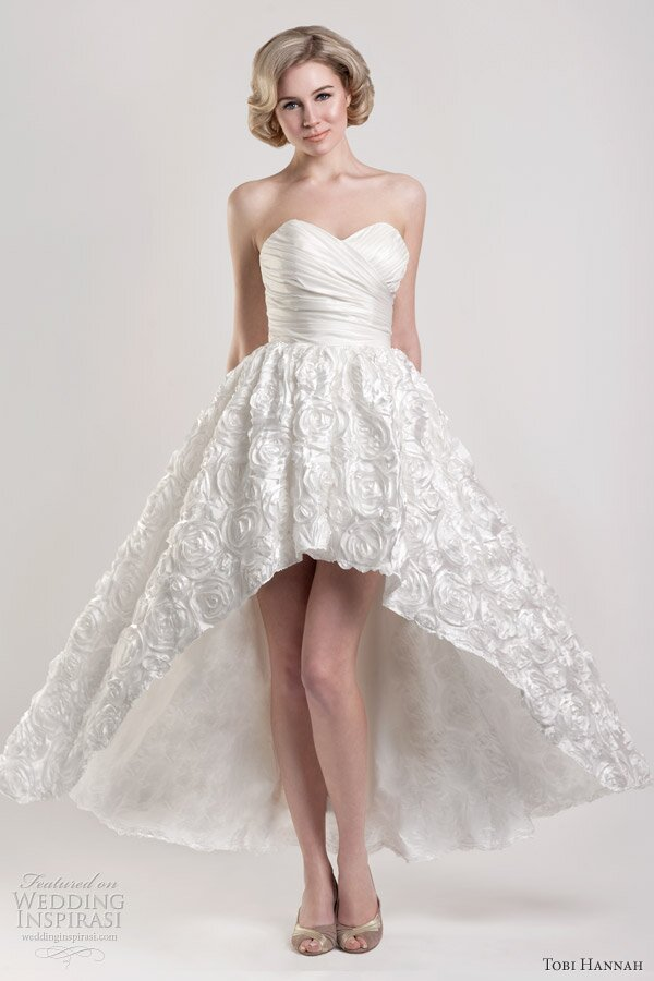 Short to long wedding dress Photo - 2