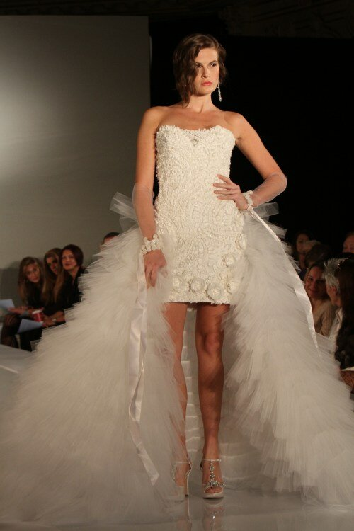Short to long wedding dress Photo - 5