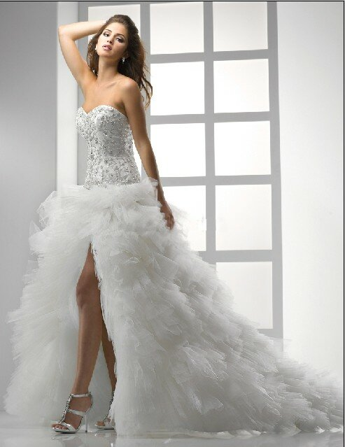 Short to long wedding dress Photo - 7
